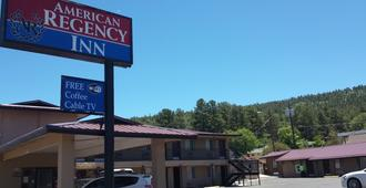 American Regency Inn - Williams