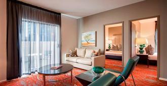 Miller Apartments Adelaide - Adelaide - Sala de estar