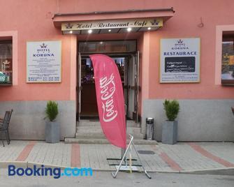 Hotel Koruna - Rožnov pod Radhoštěm - Gebäude