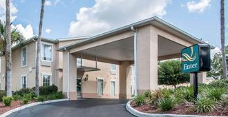 Quality Inn Gainesville I-75 - Gainesville - Edificio