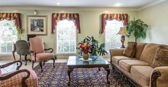 Quality Inn Gainesville I-75 - Gainesville - Sala de estar