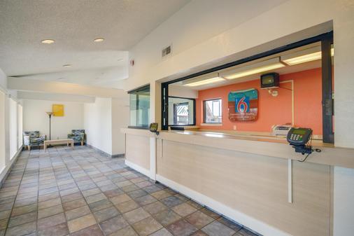 Motel 6 Houston - Baytown East - Baytown - Vastaanotto