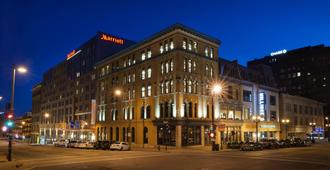 Marriott Milwaukee Downtown - Milwaukee - Building