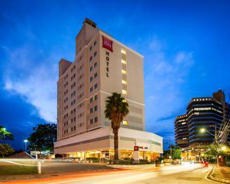 Ibis Sao Jose - Sao Jose - Gebäude