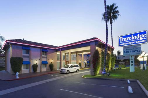 Travelodge by Wyndham Orange County Airport/ Costa Mesa - Costa Mesa - Toà nhà