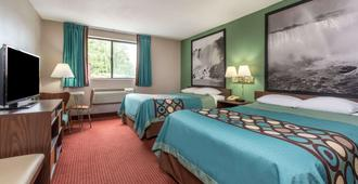 Super 8 by Wyndham Niagara Falls NY - Niagara Falls - Bedroom