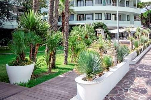 Hotel Le Palme - Premier Resort - Cervia - Building