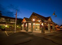 Best Western PLUS Emerald Isle Hotel - Sidney - Gebäude