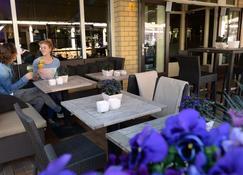 Fletcher Hotel - Restaurant de Cooghen - De Koog - Schlafzimmer
