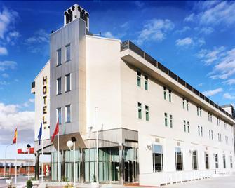 Hotel Ciudad de Fuenlabrada - Fuenlabrada - Building