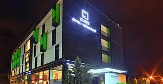 Hotel Cubix - Brasov - Edifício