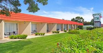 Country Capital Motel - Tamworth - Building