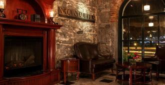 Auberge du Vieux-Port - Montreal - Lobby
