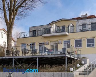 Hotel am Wasserschloss Glücksburg - Глюксбург - Здание