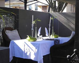 44 on Ennis Guest Lodge And Restaurant - Ermelo