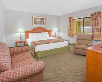 Days Inn by Wyndham Portage - Portage - Ložnice