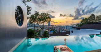 The Senses Resort & Pool Villas, Phuket - Patong - Piscina