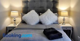 Ryedale Cottage - Hout Bay - Bedroom