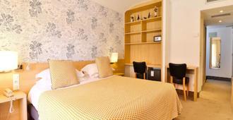 Hotel Le Petit Prince - Sainte-Maxime - Yatak Odası