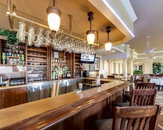 Monte Carlo Inn - Brampton Suites - Брамптон - Бар