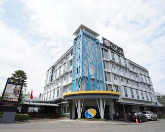 Solaris Hotel Malang - Malang - Building