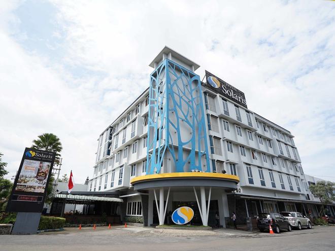瑪琅索拉里斯酒店 - 萬隆 - 馬朗 - 建築