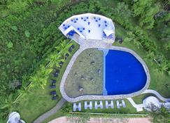 Ai World Park and Resorts - Puerto Princesa - Pool