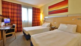 Best Western Palace Inn Hotel - Ferrara - Camera da letto