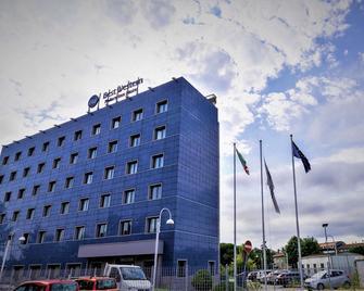 Best Western Palace Inn Hotel - Ferrara - Building