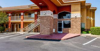 Motel 6 Stockton East Ca - Stockton