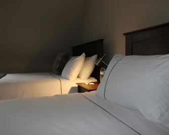 The Green Man Inn - Stamford - Bedroom