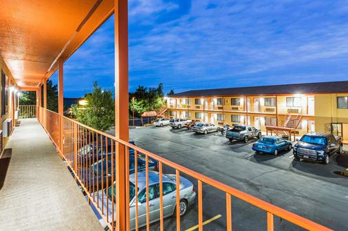 Quality Inn Cedar City - University Area - Cedar City - Parveke