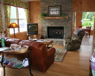 Jonathan Creek Inn And Villas - Maggie Valley - Living room
