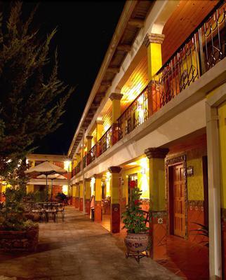 Plaza Mexicana Margarita's Hotel - Creel - Κτίριο