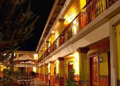 Plaza Mexicana Margarita's Hotel - Creel - Toà nhà