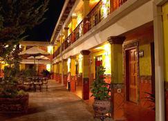 Plaza Mexicana Margarita's Hotel - Creel - Building
