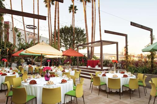 Hotel Maya - a DoubleTree by Hilton Hotel - Long Beach - Banquet hall