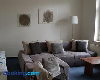 FeWo im Herzen Reichenbachs - Reichenbach/Vogtland - Living room