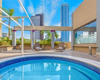 Chn Hotel Monterrey Centro, Trademark Collection By Wyndham - Monterrey - Pool