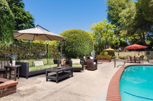 Country Inn Motel - Palo Alto - Pool