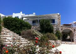 Paros Agnanti Hotel - Parikia - Outdoors view