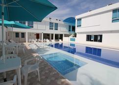 Hotel Best Day Melgar - Melgar - Pool