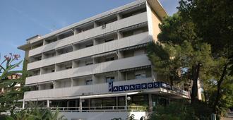 Aparthotel Albatros - Lignano Sabbiadoro - Κτίριο