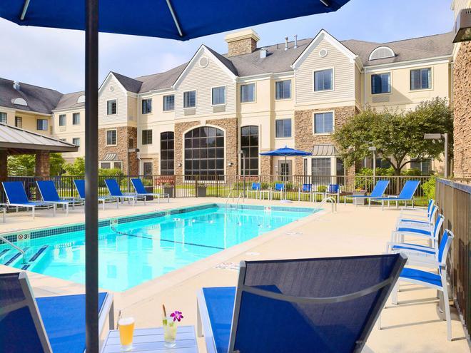 Sonesta Es Suites Burlington Boston - Burlington - Pool
