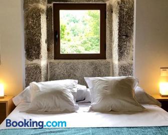 Casa Yañez • Xuresvillas - Lobios - Schlafzimmer