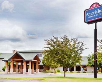 AmericInn by Wyndham Coon Rapids - Coon Rapids - Edificio