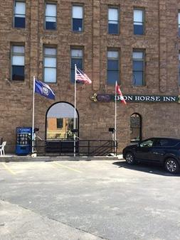 Iron Horse Inn & Suites - Deadwood