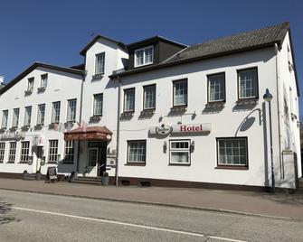 Hotel Hinz - Bad Oldesloe - Building