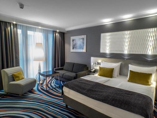 Radisson Blu Hotel, Hannover - Hannover - Bedroom