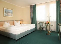 Europa Hotel Greifswald - Greifswald - Bedroom